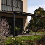 Pergola Markise für den perfekten Sonnenschutz auf der Terrasse